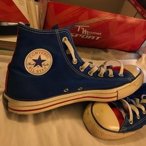 Chuck Taylor Converse Allstars Shoes